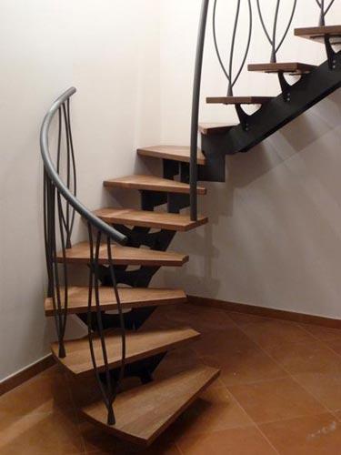 Meccanica marchetti scale da interni scale a chiocciola scale a giorno scale su misura - Scale d interni ...